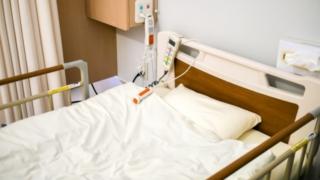 手術で入院